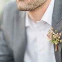 Simple-driftwood-themed-beach-wedding-22