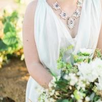 Simple-driftwood-themed-beach-wedding-8